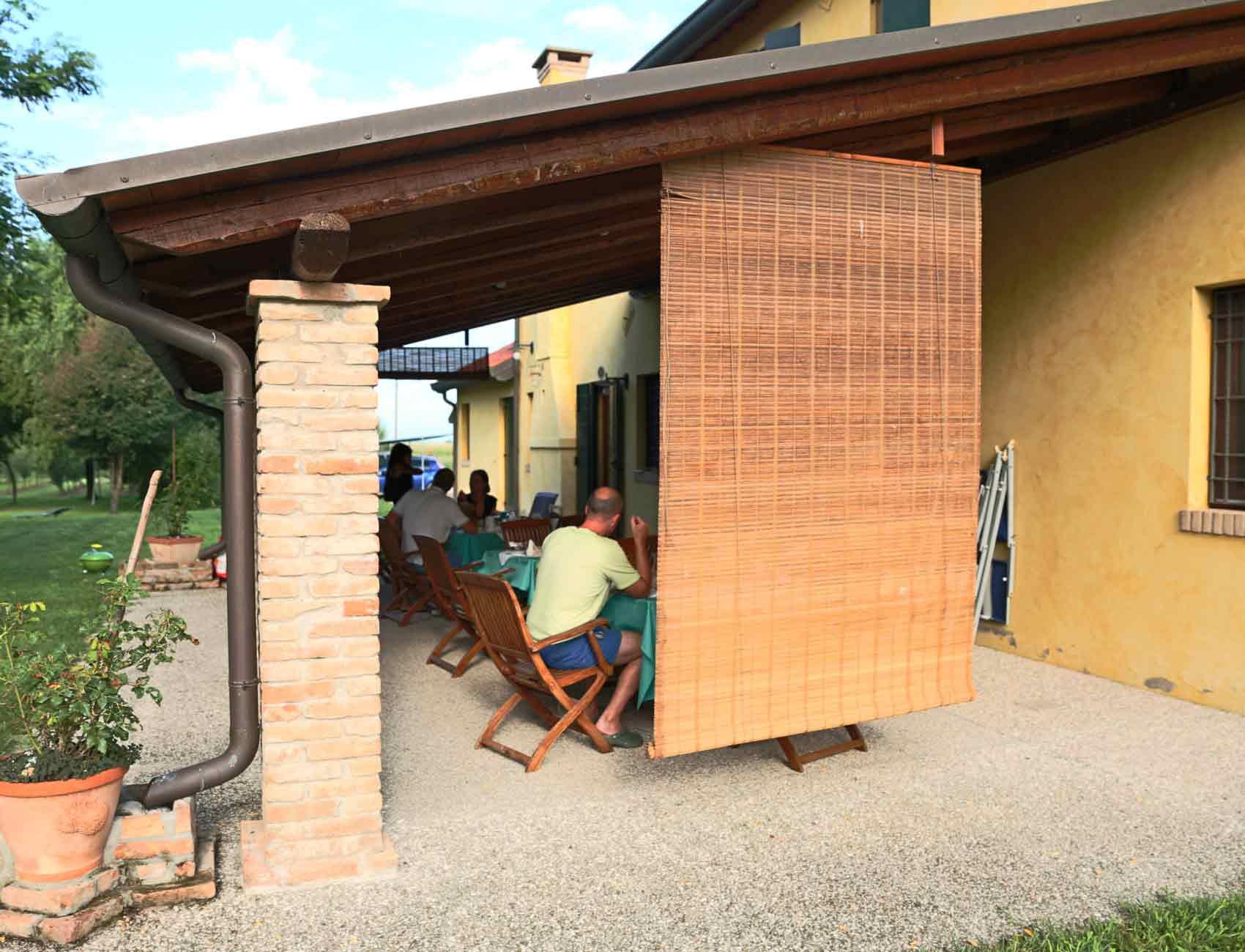 Agriturismo Zennare - Camera doppia - Colazione nel patio