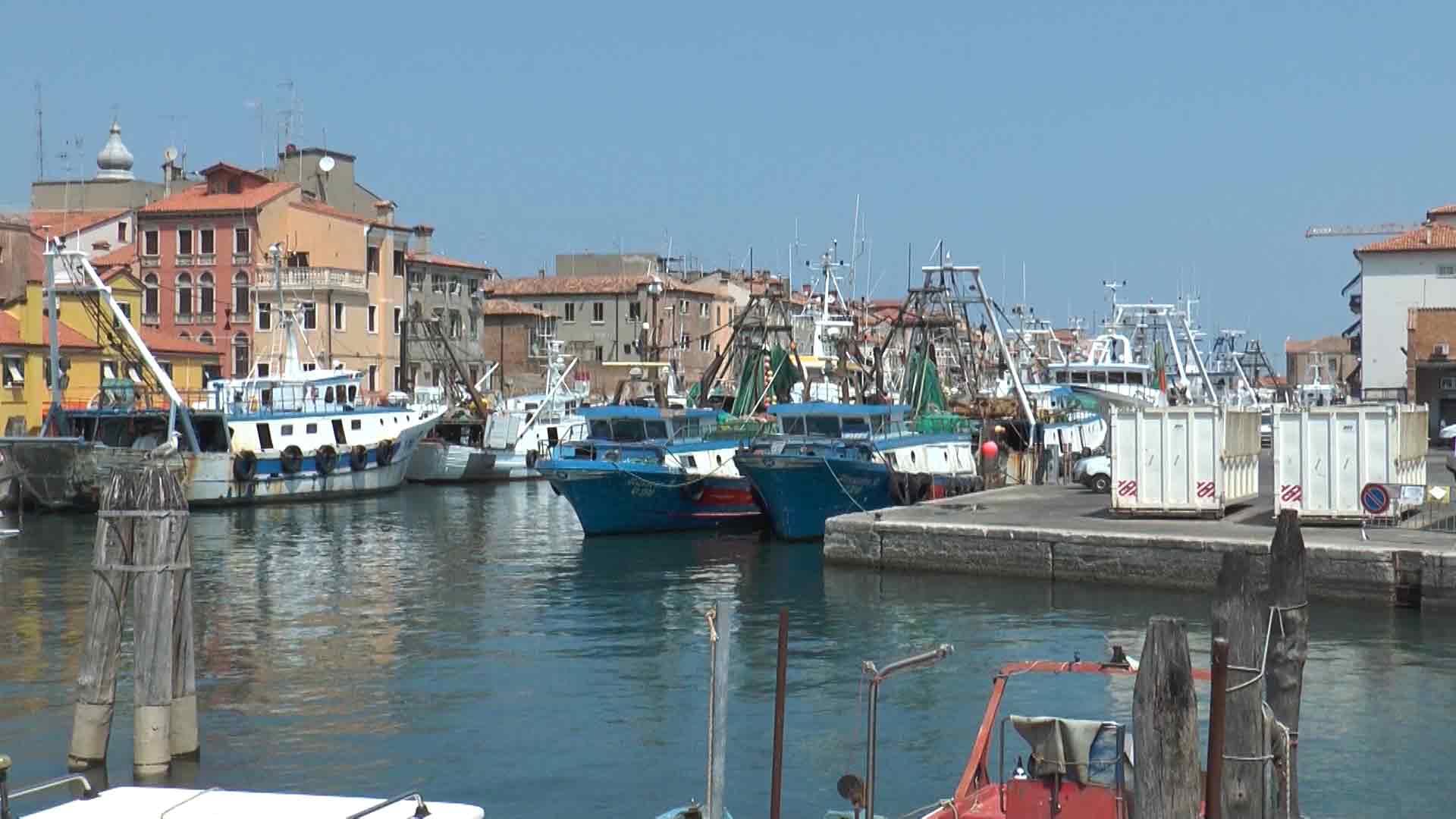 Chioggia - Pescherecci sul canale di San Domenico