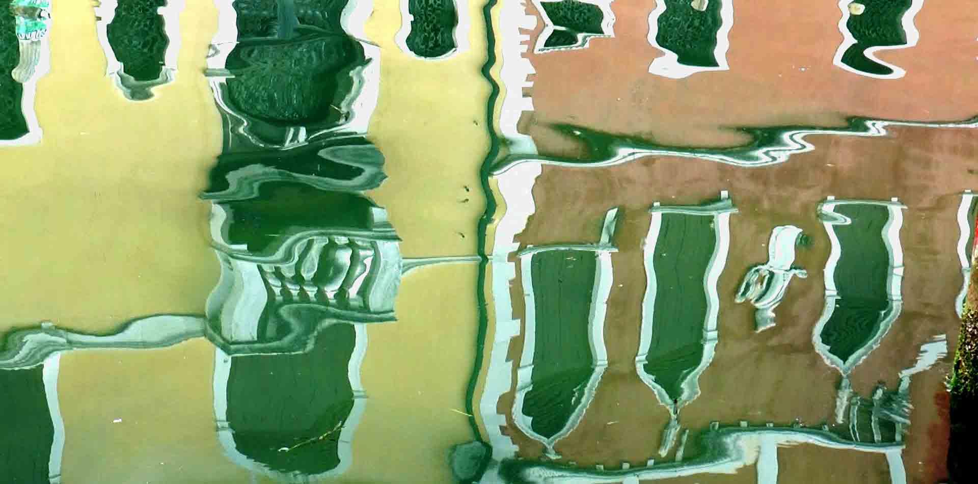 Palazzi di Chioggia si specchiano nei canali